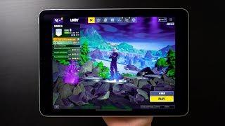 "iPad Pro 11"" 2018 Fortnite Gameplay With Galaxy Skin"