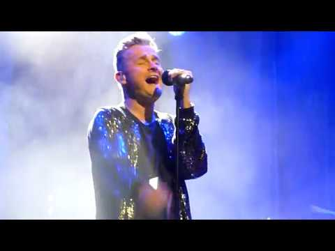 Tom Chaplin Covers Queen Who Wants To Live Forever London Palladium BBC Radio 2 7/11/2018 HD