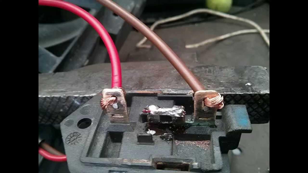 Opel Astra HZafira B Cooling fan resistor repair  YouTube