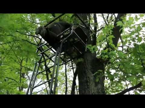 Set Up A Ladder Stand Safely For Deer Hunting