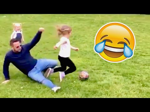 COMEDY FOOTBALL & FUNNIEST FAILS (TRY NOT TO LAUGH)