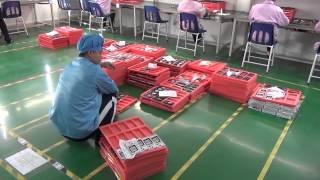 Так делают и тестируют китайские телефоны(Экскурсия по производству китайских телефонов. Сборка первой тестовой партии https://www.youtube.com/watch?v=gNZ3gUxl73s Запу..., 2014-03-23T11:00:58.000Z)