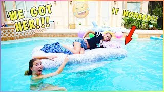 WE PUT JAYLA'S BED IN THE POOL!! IT WORKED!!