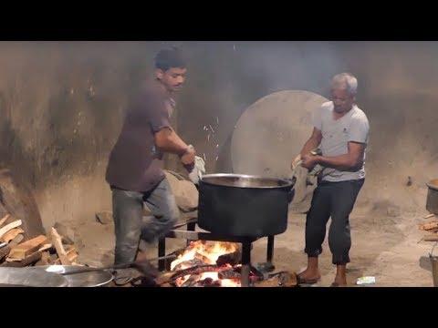 Traditional Chicken Biryani Recipe || World Famous Hyderabad Chicken Dum  Biryani || Street Food