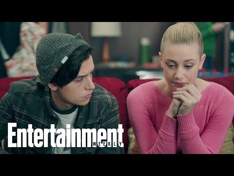 'Riverdale' Cast Reveals Which Pairings They Ship: Is Bughead The Favorite?   Entertainment Weekly