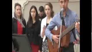 Дайте руки друг другу--свадебная песня (Give Hands One to Another--Russian wedding song)