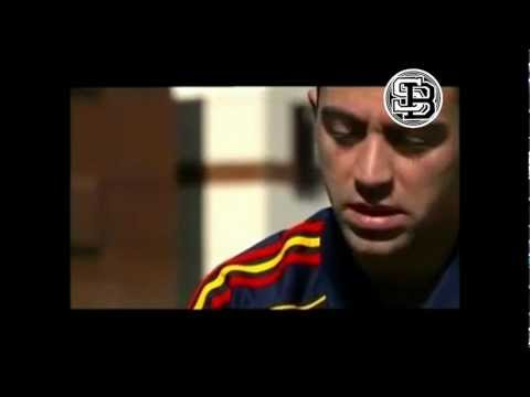 "LE BUZZ 2012 / XAVI HERNANDEZ "" FCB "" AU ALGERIENS"