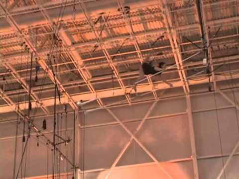 Stephanie Gasparoli <Duplex Trapeze>