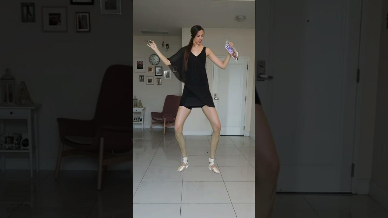 Así o más alta 🤪 #shorts #edits #vfx #funny #tiktok #funnyvideos #trend #dance #transition