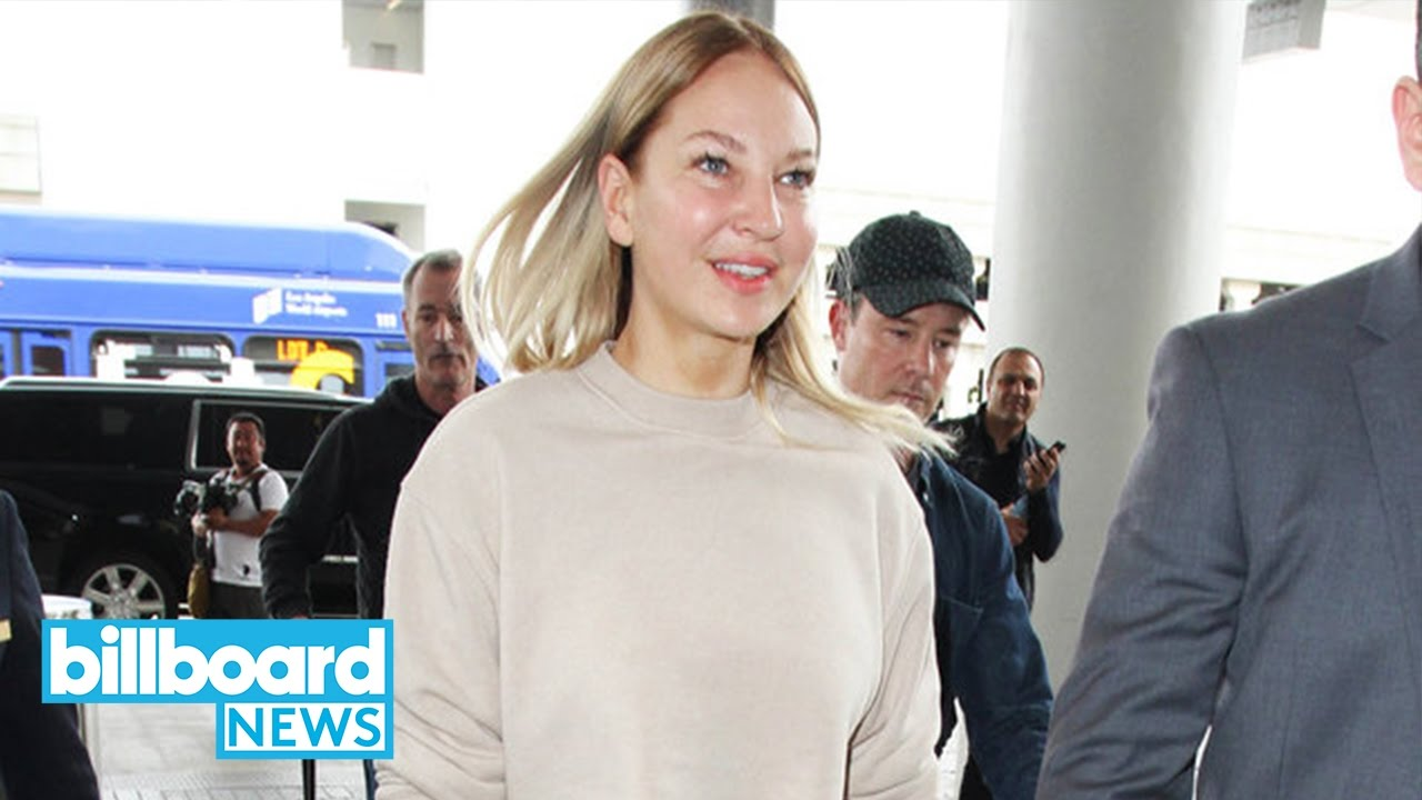 Sia Goes Wig-Less & Shows Her Face While Heading to Dubai | Billboard News