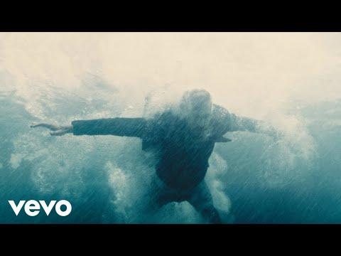 Смотреть клип Dennis Lloyd - The Way