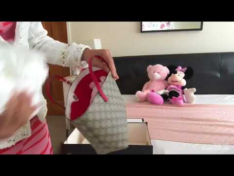 e51f9ffb02c แกะกล่อง Gucci Bow Tote Unboxing - YouTube