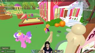 Katie RPs in Roblox - Come Play!