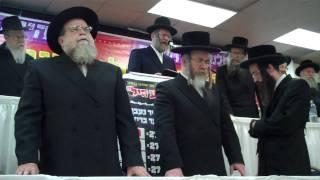 Chazan Meir Boruch Cohen at Rubashkin Gathering 1