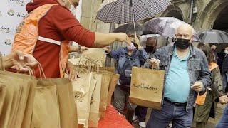 Regalan más de 1.000 kilos de carne en Santiago en protesta por los bajos precios