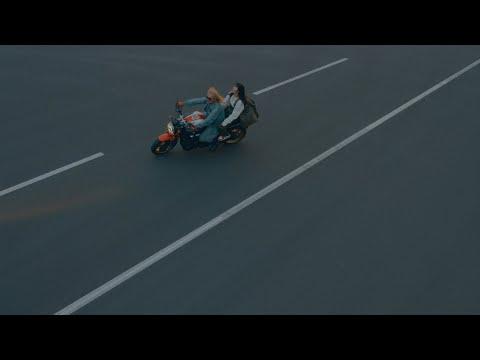 あいみょん –チカ【OFFICIAL MUSIC VIDEO】