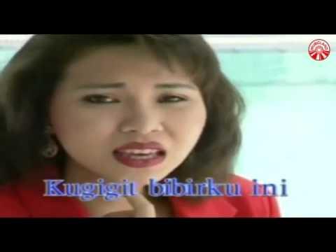 Kututup layar cintaku   Ria Resty Fauzy  (Golden hits 80an Vol.4 - bung Deny)