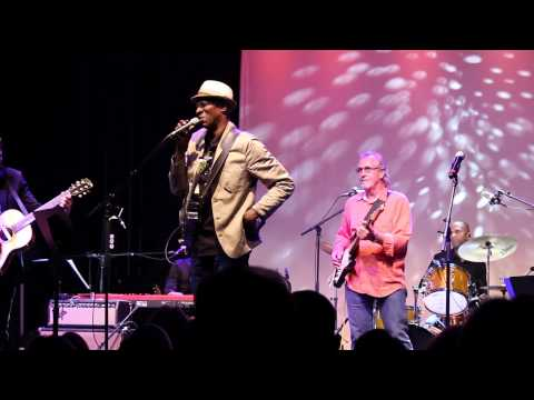"Keb' Mo' ""Suitcase"" With WG Snuffy Walden"
