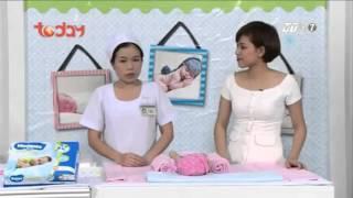 Sử dụng miếng lót cho trẻ sơ sinh