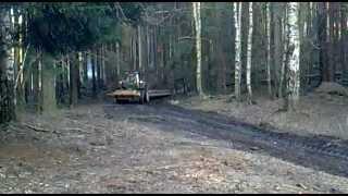 Valtra N111e - přibližování dřeva