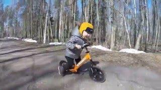 Беговел Strider 12 Sport.(На видео Марк, 2 года и его беговел Strider 12 Sport. Купить такой велобег можно в нашем интернет-магазине по ссылке:..., 2016-04-14T10:03:13.000Z)