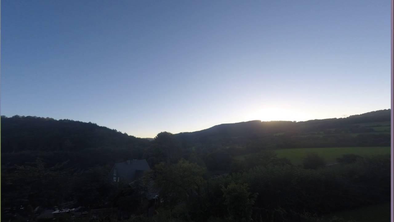 Sonnenuntergang über Schmallenberg Timelapse