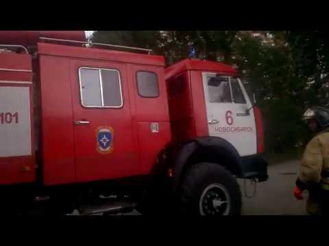 Пожар расселеного барака в Новосибирске