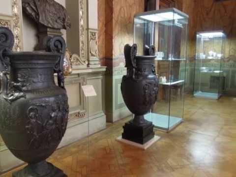 I musei di Praga. Il museo delle arti decorative /Museum of decorative arts