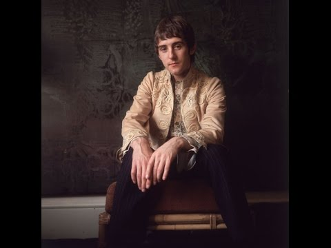 Denny Laine - Silly Love Songs [HQ]