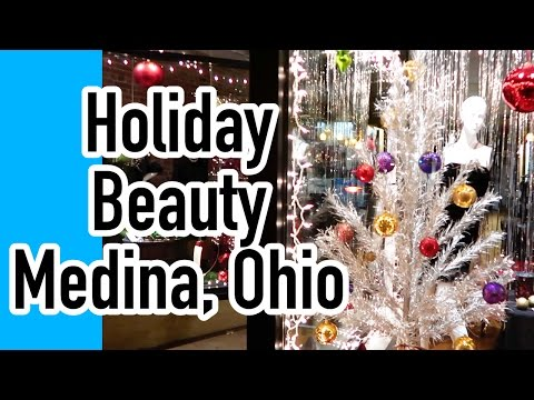 Beauty and the Presence (Holiday Edition): Medina, Ohio, U.S.A.