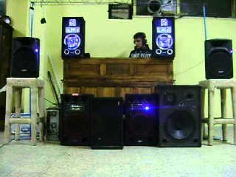 Impianto da discoteca in cantina 3200rms giu pilato deeja - Impianto stereo da camera ...