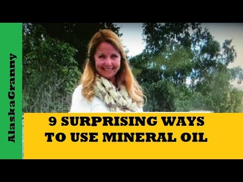 9 Ways To Use Mineral Oil For Beauty and Household