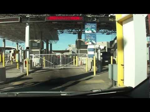 U.S. Vehicle Border Crossing Line, San Luis Rio Colorado, Mexico, 2012 10/20 15:40:43