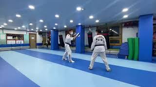 강철태권도 본관 초등5학년 유품자 윤지민(미트겨루기)