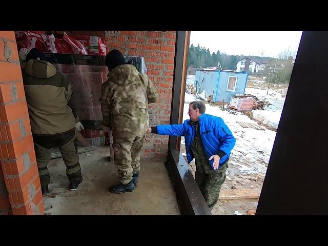 Прибыли окна ПВХ, для установки в фахверко - кирпичный  дом в Истре
