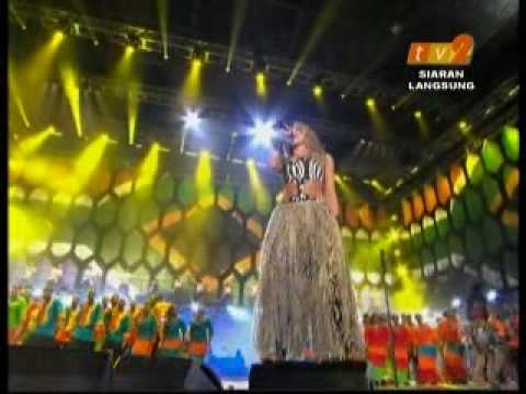 Shakira  Waka Waka    Fifa Worldcup 2010 Concert