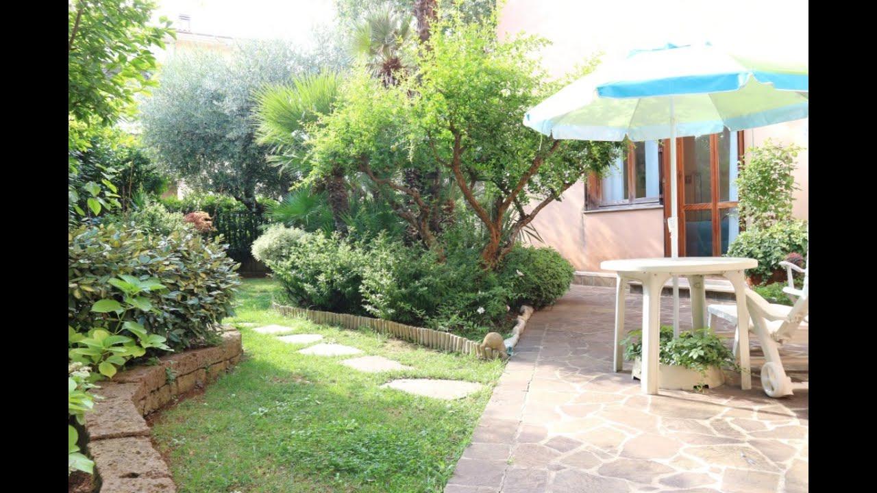 Architetto Di Giardini tecnocasa pesaro propone in vendita villa con giardino