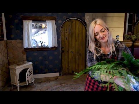 cozy-christmas-kitchen-|-200-year-old-vintage-flooring-|-farmhouse-kitchen