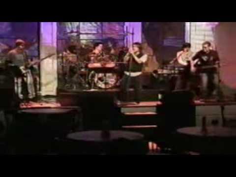 arnel pineda = black dog zoo cover song
