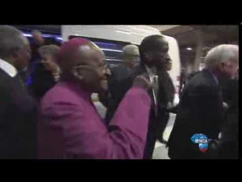 The Elders arrive at Nelson Mandela's Memorial