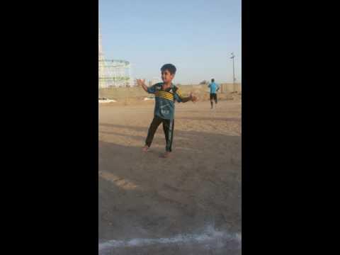 ردح طفل عراقي thumbnail