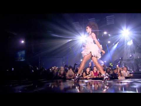 Alexis Jordan - Happiness [Live @ MOBO Awards 2011]
