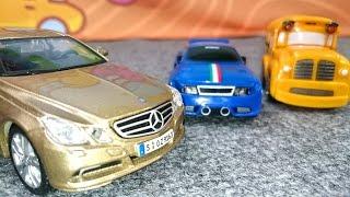 Видео про машинки. Автосалон немецких автомобилей. Собираем Mercedes Benz E Class(Мультфильмы про машинки. Гоночная машинка Спиди и школьный автобус Бас сегодня едут в немецкий автосалон,..., 2015-02-13T04:33:07.000Z)