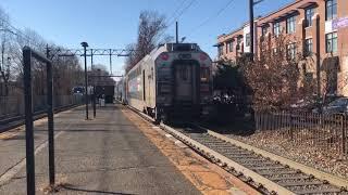 2 Multilevel trains meet at Maplewood, NJ 12/8/18