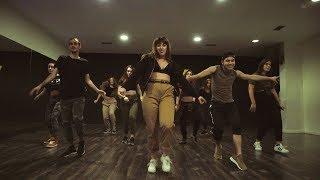 "Baixar Latin Urban by Maira | ""Ella le da la cintura"" Nfasis"