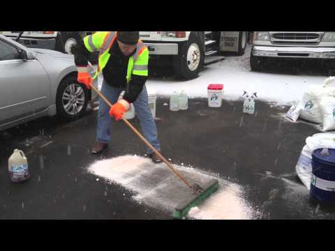 Clean or remove oil from asphalt, cement, soil, oil Solutions Removes Oil Odor Oil stain. Driveway