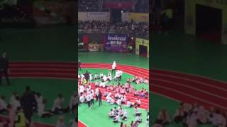 isac 2017 armys singing bts save me and jin and jimin dances