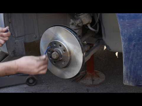 SAAB 9-3 (99-02) front brake pads and rotor replacement