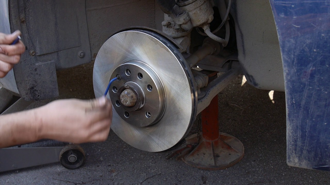 SAAB 9 3 99 02 Front Brake Pads And Rotor Replacement