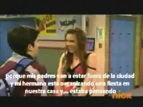 Carly y Freddie se besan!!!